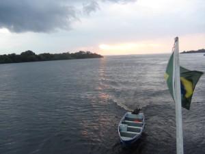 05_navegando pelo rio negro (0)